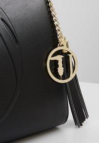 Trussardi Jeans - FAITH SMOOTH SHOPPER - Handbag - black - 6