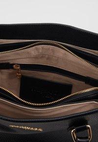 Trussardi Jeans - AMANDA HANDLE - Handtasche - black - 3