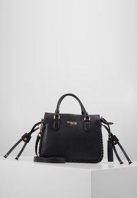 Trussardi Jeans - AMANDA HANDLE - Handtasche - black - 0