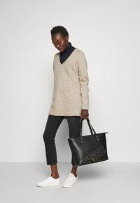 Trussardi Jeans - ELETTRA - Handtasche - black - 1