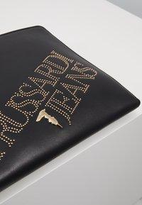 Trussardi Jeans - ELETTRA POUCH STUDS - Clutch - black - 6