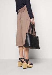 Trussardi Jeans - PENELOPE BUCKLE - Handtasche - black - 1