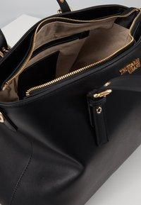 Trussardi Jeans - PENELOPE BUCKLE - Handtasche - black - 4
