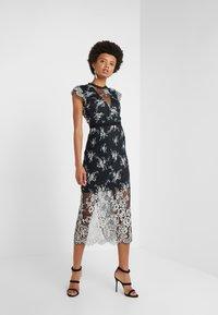 Three Floor - LYLA DRESS - Robe de soirée - black/off white - 1