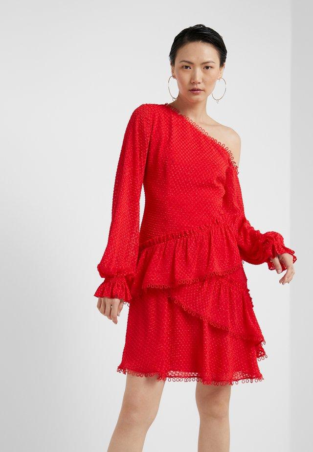 ANGELINA DRESS - Cocktailkjoler / festkjoler - tomato red
