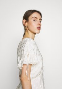 Three Floor - DRESS - Denní šaty - off white - 3