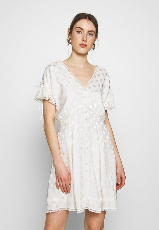 DRESS - Denní šaty - off white