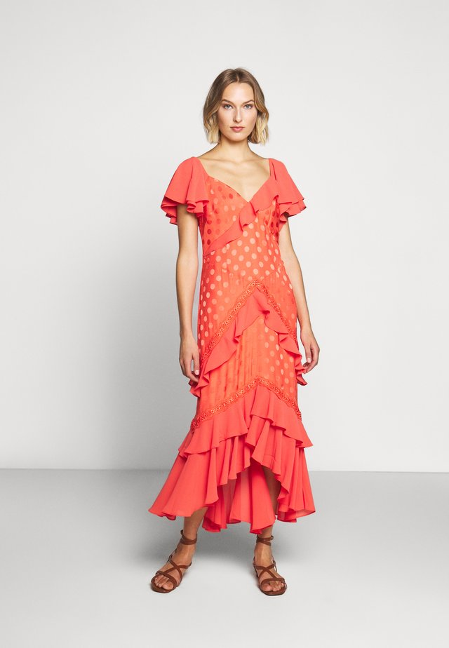 ARIENNE DRESS - Maksimekko - spiced coral
