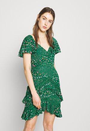 ELSIE DRESS - Day dress - jelly bean green