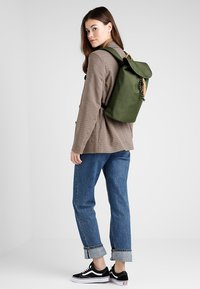 The Pack Society - SMALL BACKPACK - Rucksack - solid forest green - 1