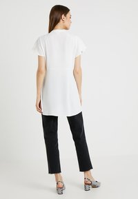 Topshop Maternity - Jeansy Straight Leg - washed black - 2