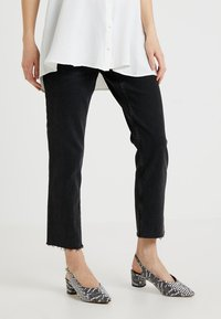 Topshop Maternity - Jeansy Straight Leg - washed black - 0