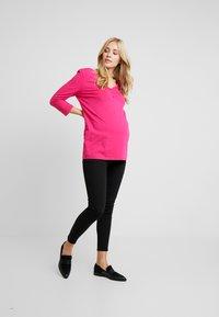 Topshop Maternity - JAMIE CLEAN - Jeansy Skinny Fit - black - 1