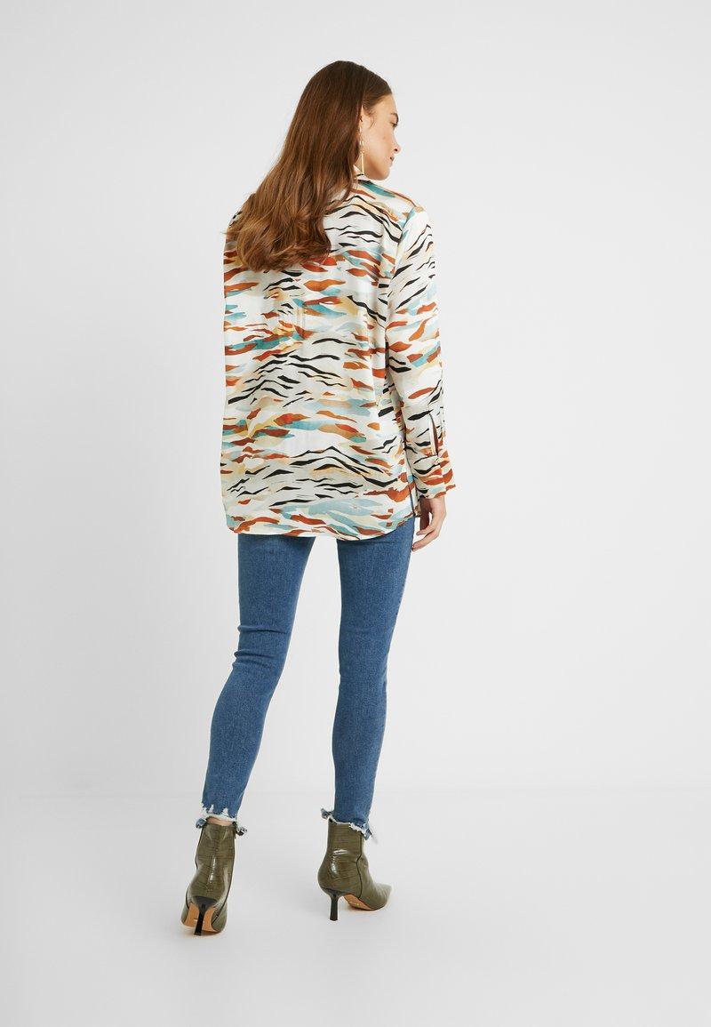 Topshop Maternity - JAMIE JAGGED HEM - Jeans Skinny Fit - blue denim