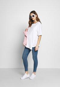 Topshop Maternity - JAMIE CLEAN - Jeans Skinny Fit - blue denim - 1