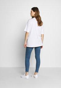 Topshop Maternity - JAMIE CLEAN - Jeans Skinny Fit - blue denim - 2