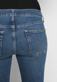 Topshop Maternity - JAMIE CLEAN - Skinny džíny - blue denim - 5