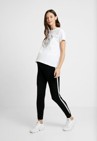 Topshop Maternity - JEGGER - Trainingsbroek - black - 1