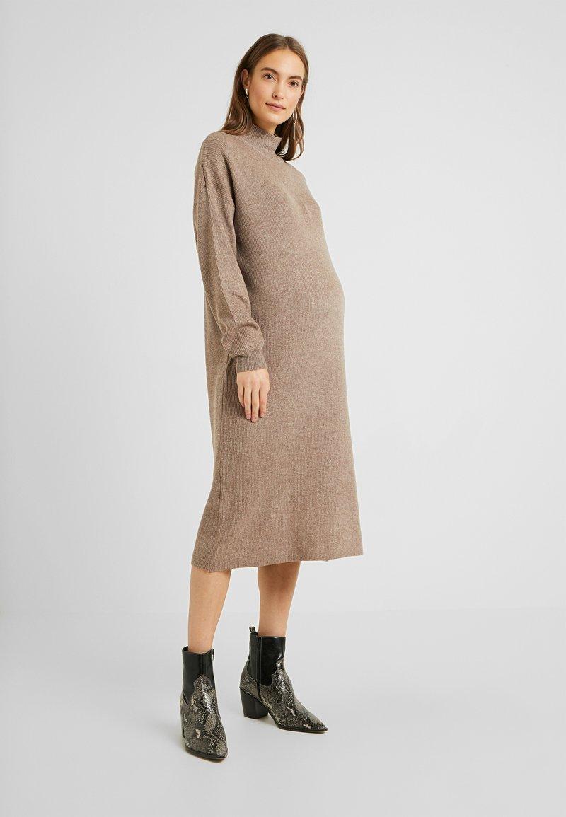 Topshop Maternity - DRESS - Stickad klänning - mink