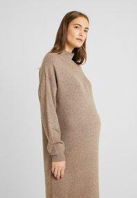 Topshop Maternity - DRESS - Stickad klänning - mink - 4