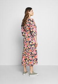 Topshop Maternity - DREAM WRAP DRESS - Sukienka letnia - black - 2