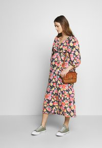 Topshop Maternity - DREAM WRAP DRESS - Sukienka letnia - black - 1