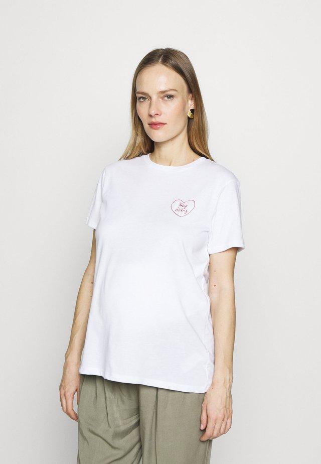HEY BABY TEE - T-shirt med print - white
