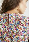 Topshop Maternity - FLORAL SLEEVE - Bluse - multi