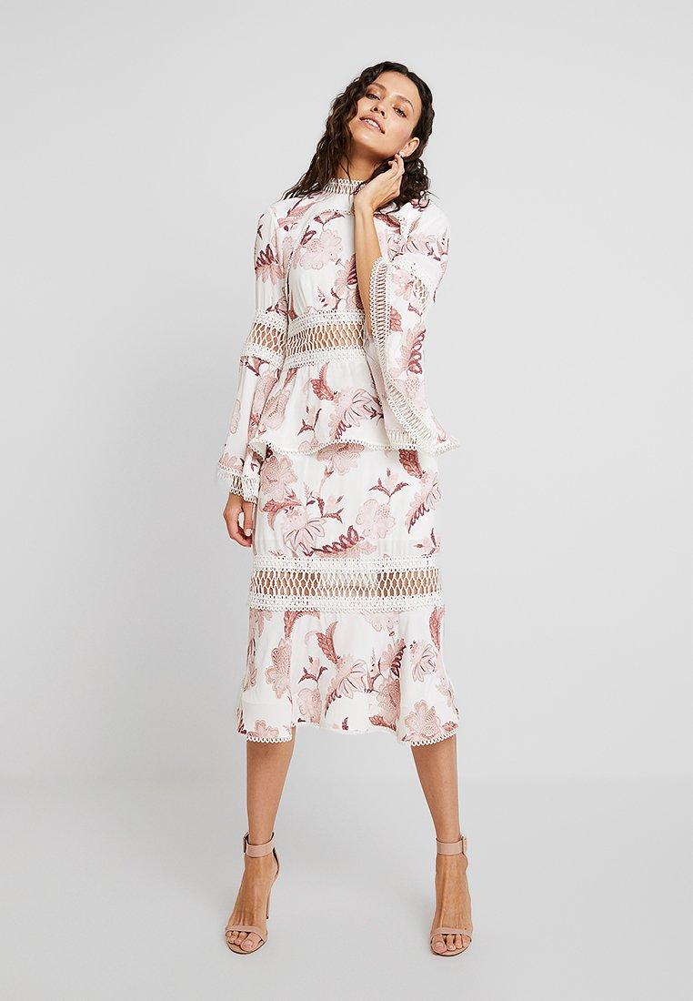 Thurley - WILD FLOWER DRESS - Společenské šaty - ivory