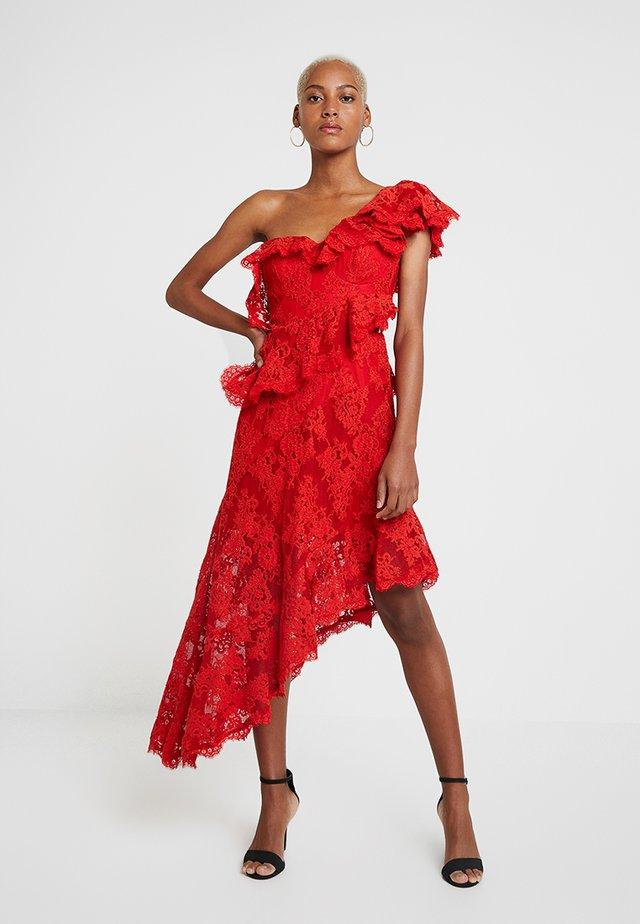 CARMEN DRESS - Ballkleid - lava red