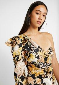 Thurley - ROMA WRAP ONE SHOULDER DRESS - Juhlamekko - black/gold chateau - 5