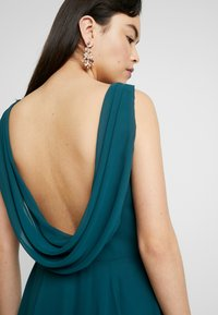 TH&TH - ATHENA - Robe de cocktail - emerald - 4