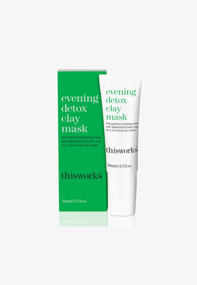 THIS WORKS EVENING DETOX CLAY MASK - Face mask - -