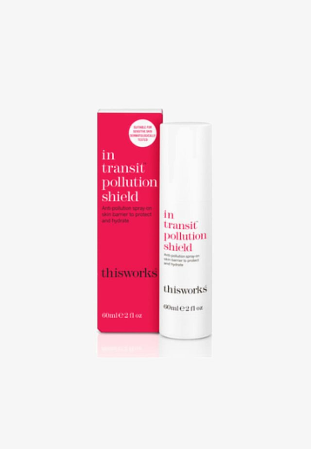 THIS WORKS IN TRANSIT POLLUTION SHIELD - Face cream - -