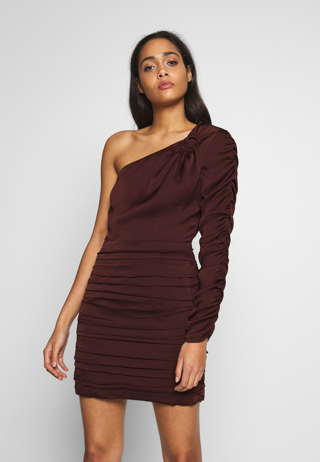 GANNA MINI DRESS - Shift dress - chocolate