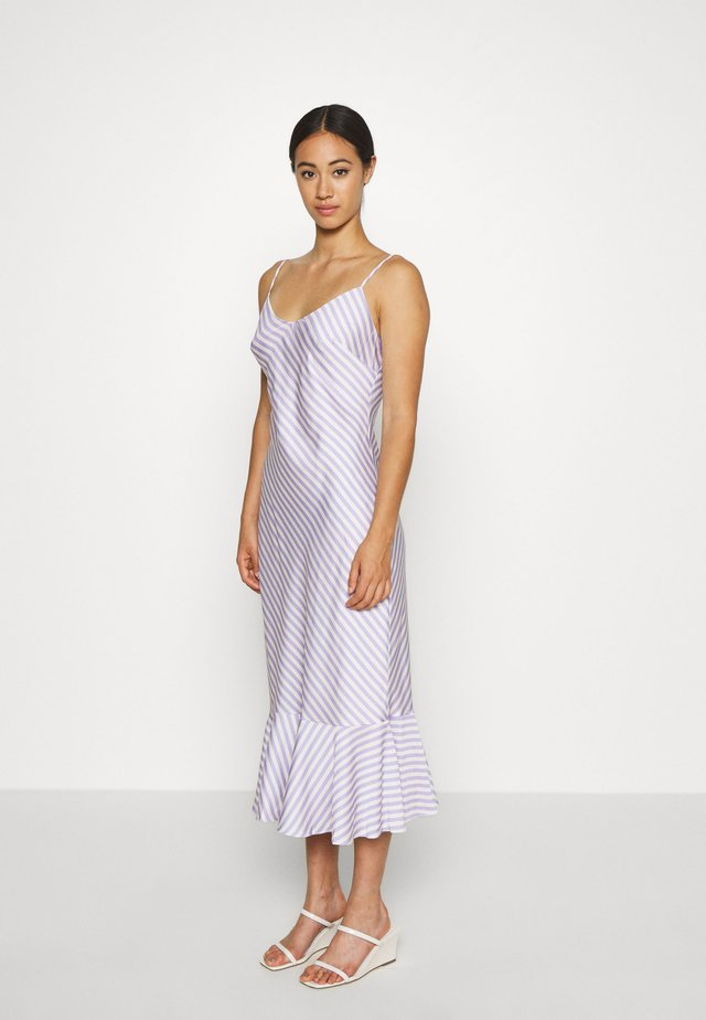 VIOLET MIDI DRESS - Day dress - lilac and vanilla