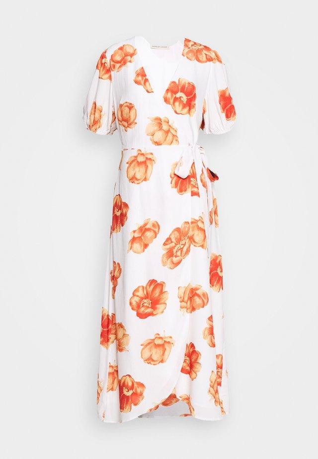 FRENCHIE MIDI DRESS - Korte jurk - white