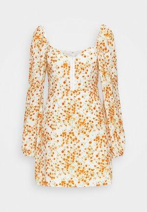 HOLLIE MINI DRESS - Denní šaty - off-white