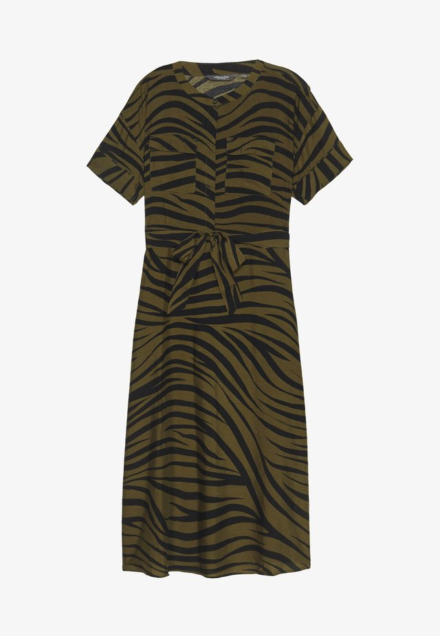 MAXI DRESS WITH PRINT - Sukienka koszulowa - olive green
