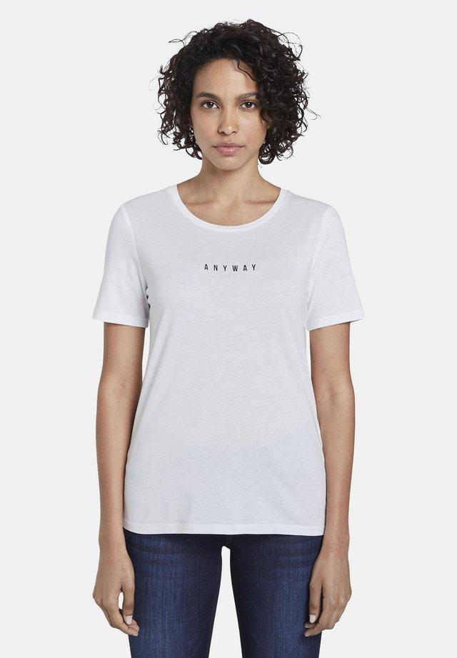 MIT SCHRIFT-PRINT - Print T-shirt - white