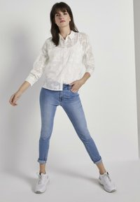 mine to five TOM TAILOR - Button-down blouse - white - 1