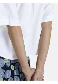 mine to five TOM TAILOR - BLUSEN & SHIRTS SCHLICHTES BLUSENSHIRT - Button-down blouse - white - 5