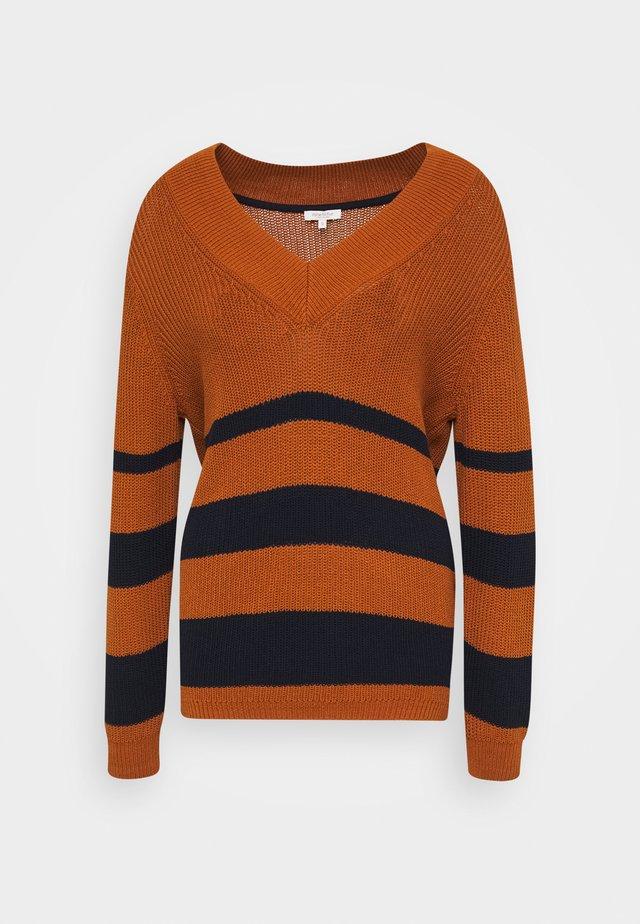 DEEP VNECK - Pullover - baked ginger orange