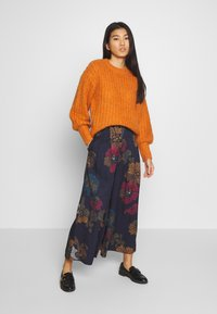 Thought - MARRINA CULOTTES - Broek - dark navy - 1