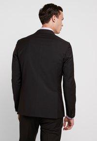 Tommy Hilfiger Tailored - SLIM FIT SUIT - Traje - brown - 3