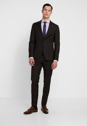 SLIM FIT SUIT - Kostym - brown