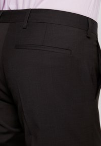 Tommy Hilfiger Tailored - SLIM FIT SUIT - Traje - brown - 7