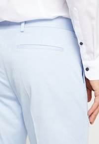 Tommy Hilfiger Tailored - FLEX SLIM FIT SUIT - Oblek - blue - 6