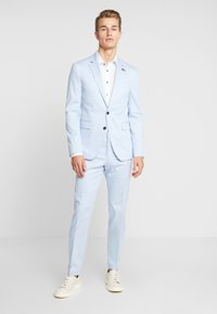 Tommy Hilfiger Tailored - FLEX SLIM FIT SUIT - Oblek - blue - 1