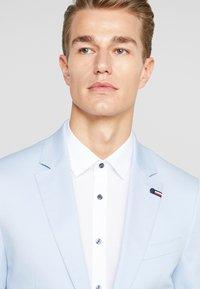 Tommy Hilfiger Tailored - FLEX SLIM FIT SUIT - Oblek - blue - 7